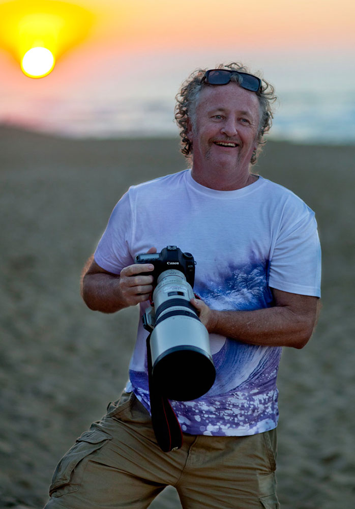 Sean Davey captured by Lane Davey for Maui Surf Shirts